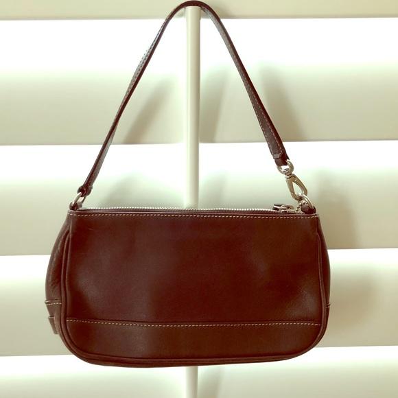 788e5baa Brown leather Coach bag